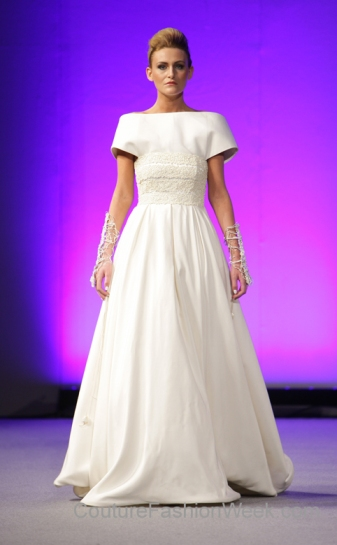 isabel zapardiez white bridal gown